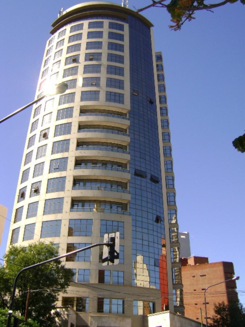 Piso En Venta Y Alquiler En La Plata Sobre Calle 44
