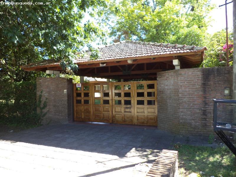 Casa quinta en alquiler temporario en la plata gonnet for Jardines de casas quintas